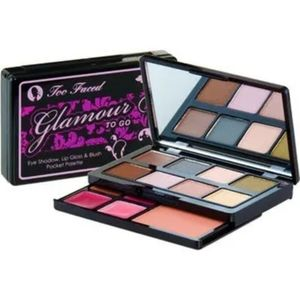 TOO FACED GLAMOUR TO GO MAKEUP PALETTE